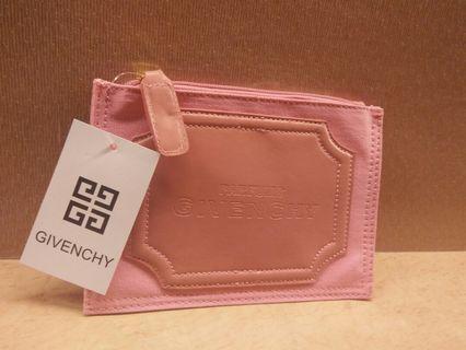 Givenchy 專櫃 全新 萬用包 錢包 小包 #剁手時尚