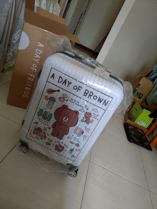 屈臣氏 熊大行李箱