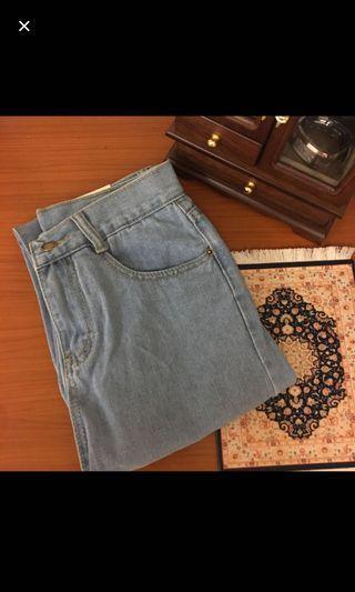 淺色牛仔長褲  #剁手時尚