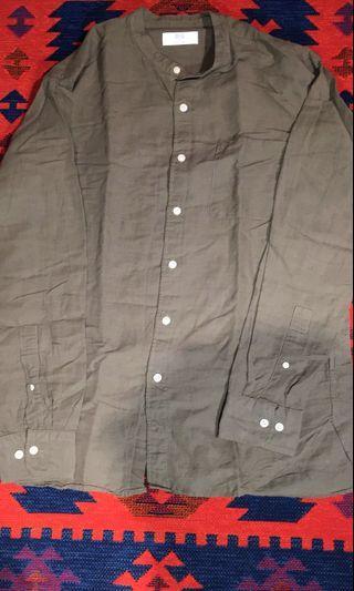 Uniqlo灰綠色襯衫 M號