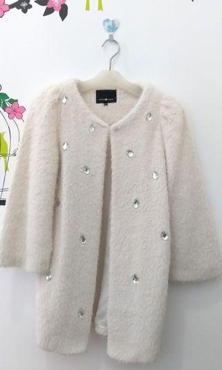 Coat Jewel