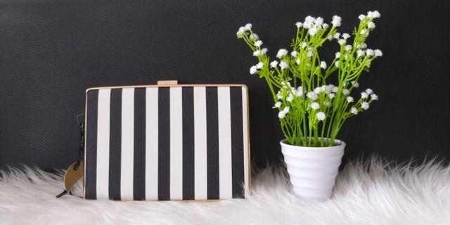 Clutch Striped
