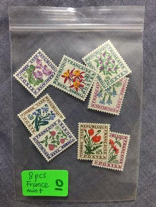8 pieces of stamps on France