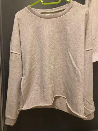 米白反縫線棒球衣#剁手時尚