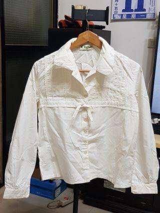 縮腰綁帶襯衫 ~ 衣領有些泛黄需自行洗淨,不介意再購買
