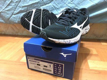 美津濃Mizuno WAVEKNIT R2 女款編織鞋面慢跑鞋 US:9 JPN25.5