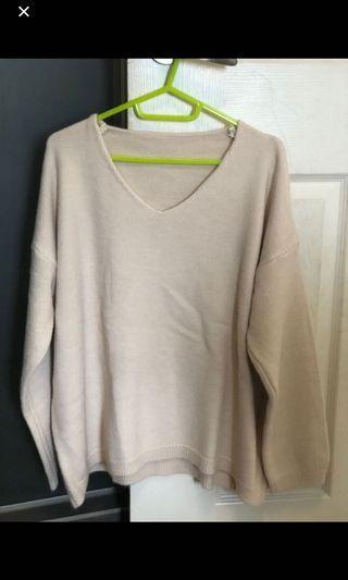 杏色v領針織上衣#剁手時尚
