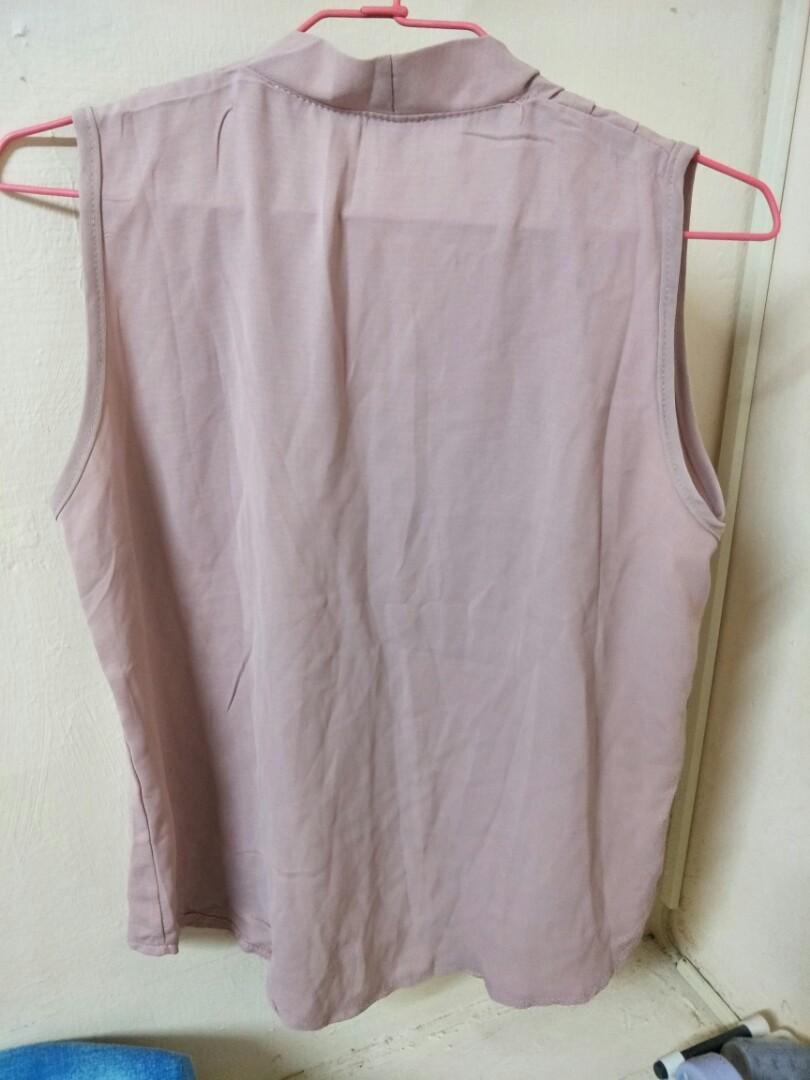粉紅無袖雪紡上衣