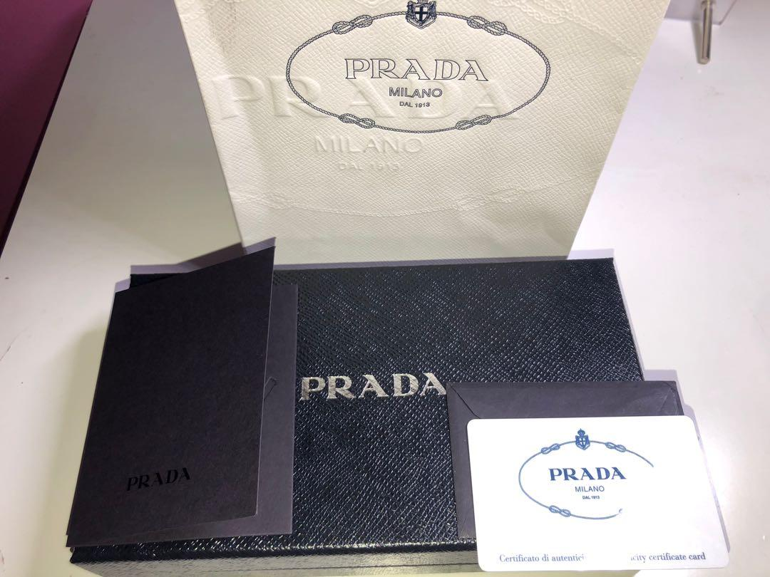 Authentic Prada classic long wallet with detachable card holder