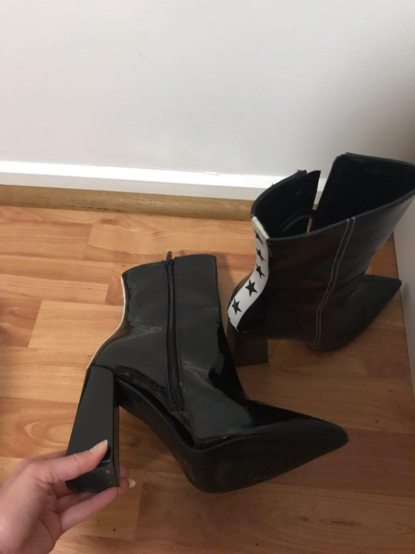 Black high heel star boots