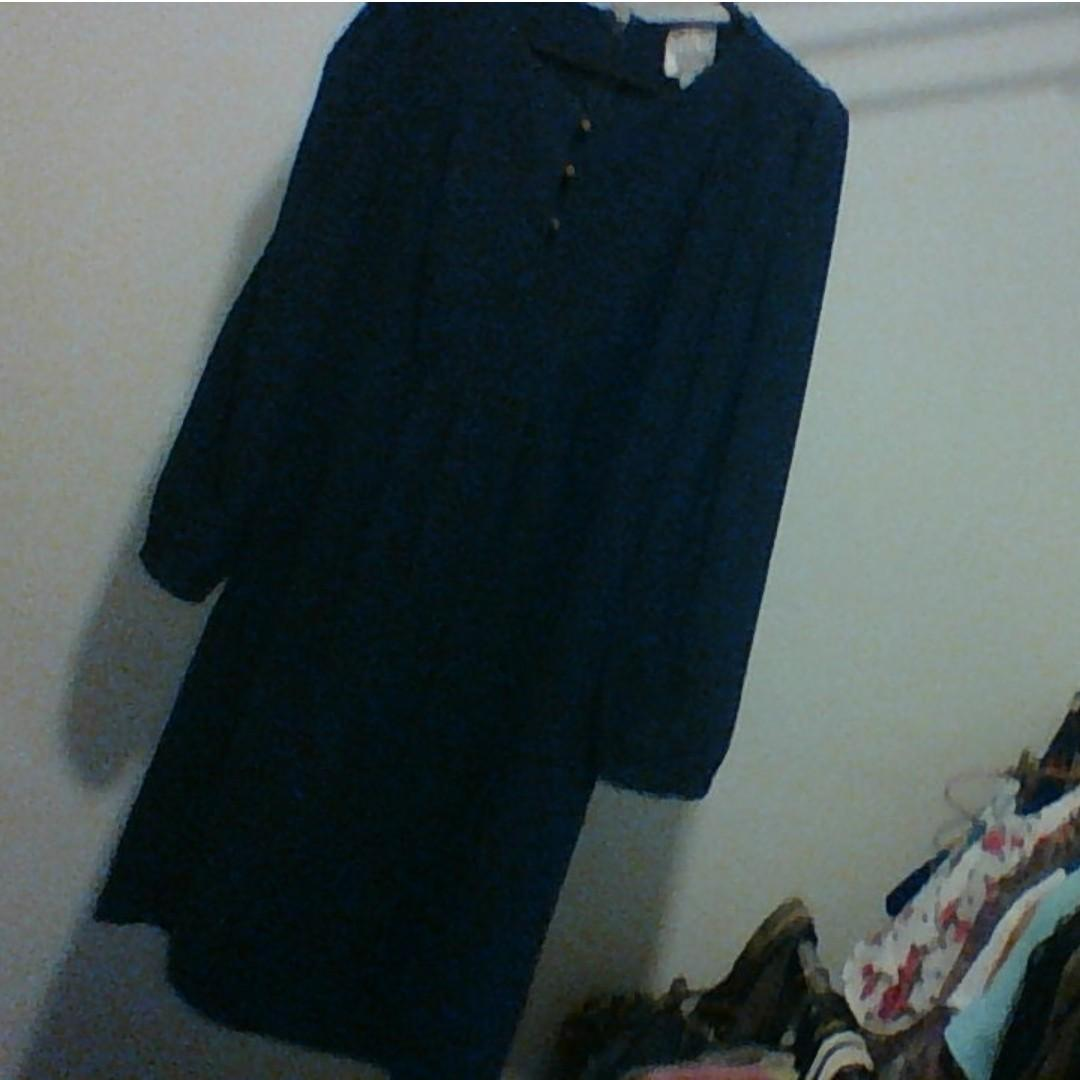 HI THERE by Karen Walker. Size 8. Navy, long sleeve tunic.