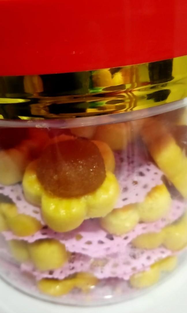 Pineapple tarts and nutella tarts