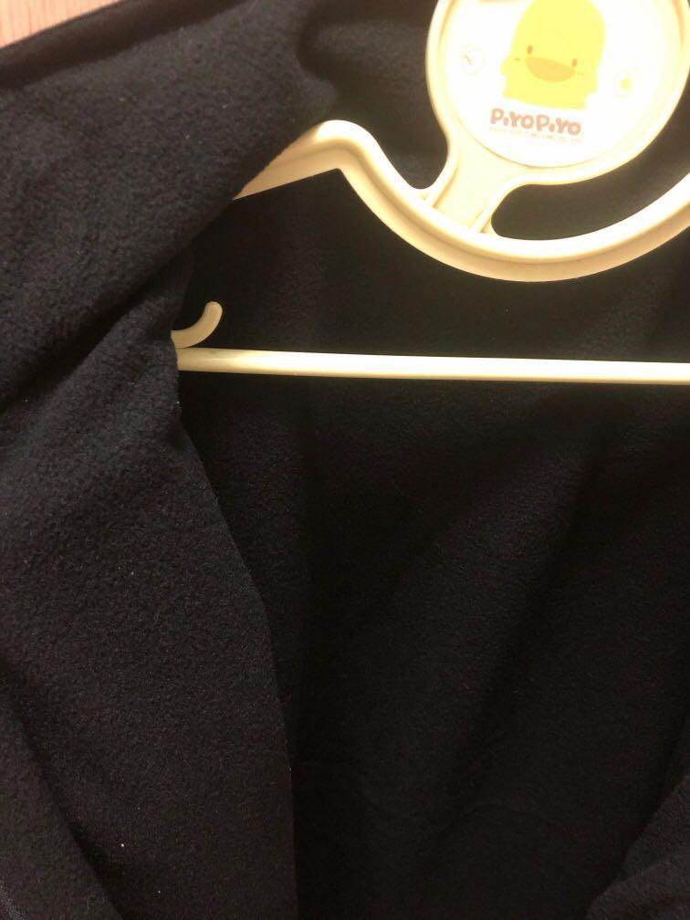 Total黑色刷毛保暖背心