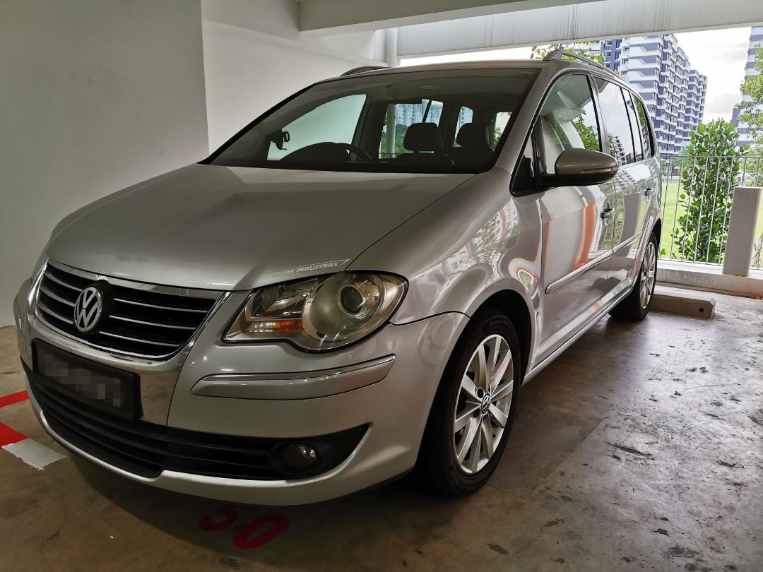 Volkswagen Touran 1.4 Sport TSI DSG (A)