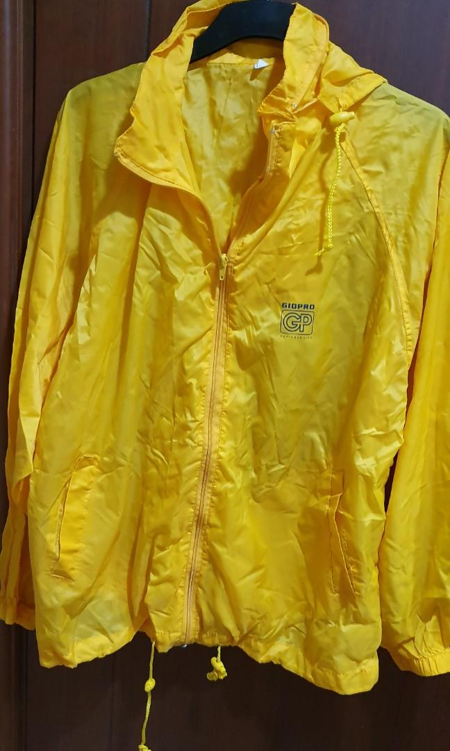 Windbreaker cum raincoat