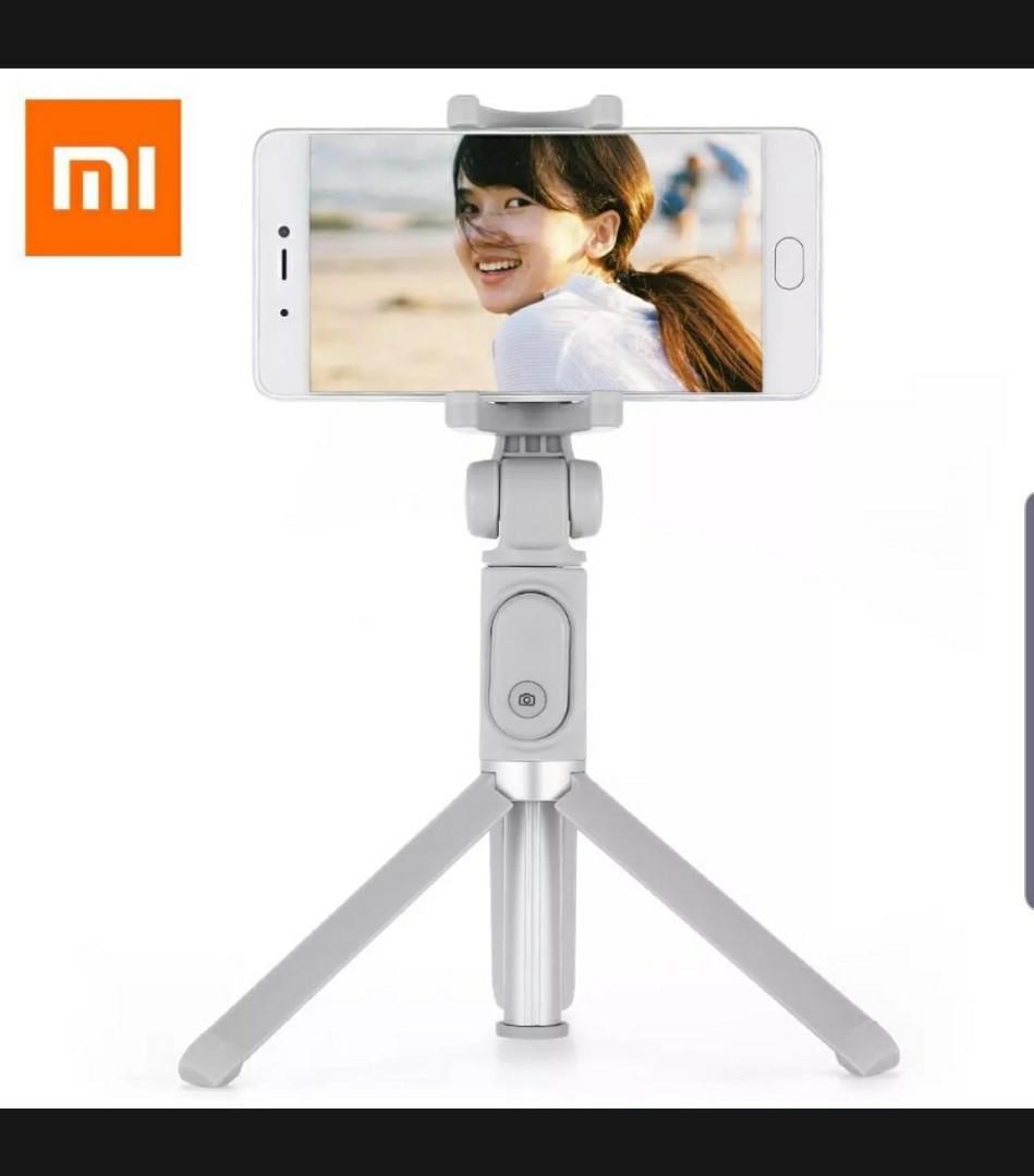 Black Friday deal - Xiaomi Tripod + Selfie stick
