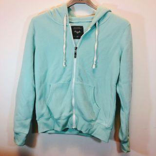 青綠色 外套