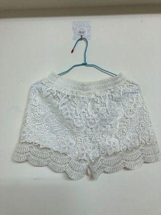 白色蕾絲短褲#換物