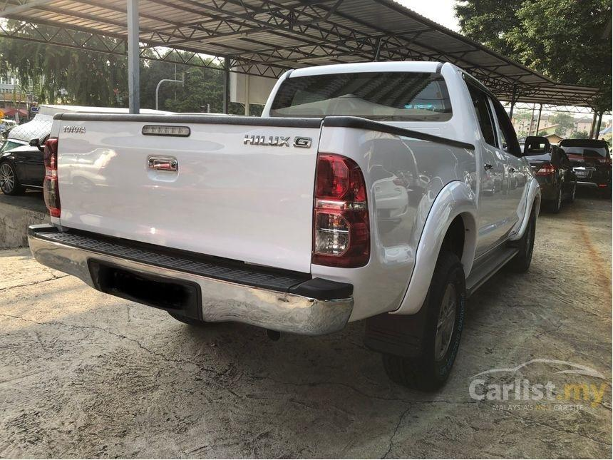 2015 Toyota Hilux 2.5 G VNT (A) Low Mileage -25K KM full Toyota Service          http://wasap.my/601110315793/HiluxGvnt2015