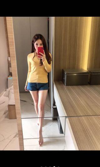 Yellow knit top by ndudshop