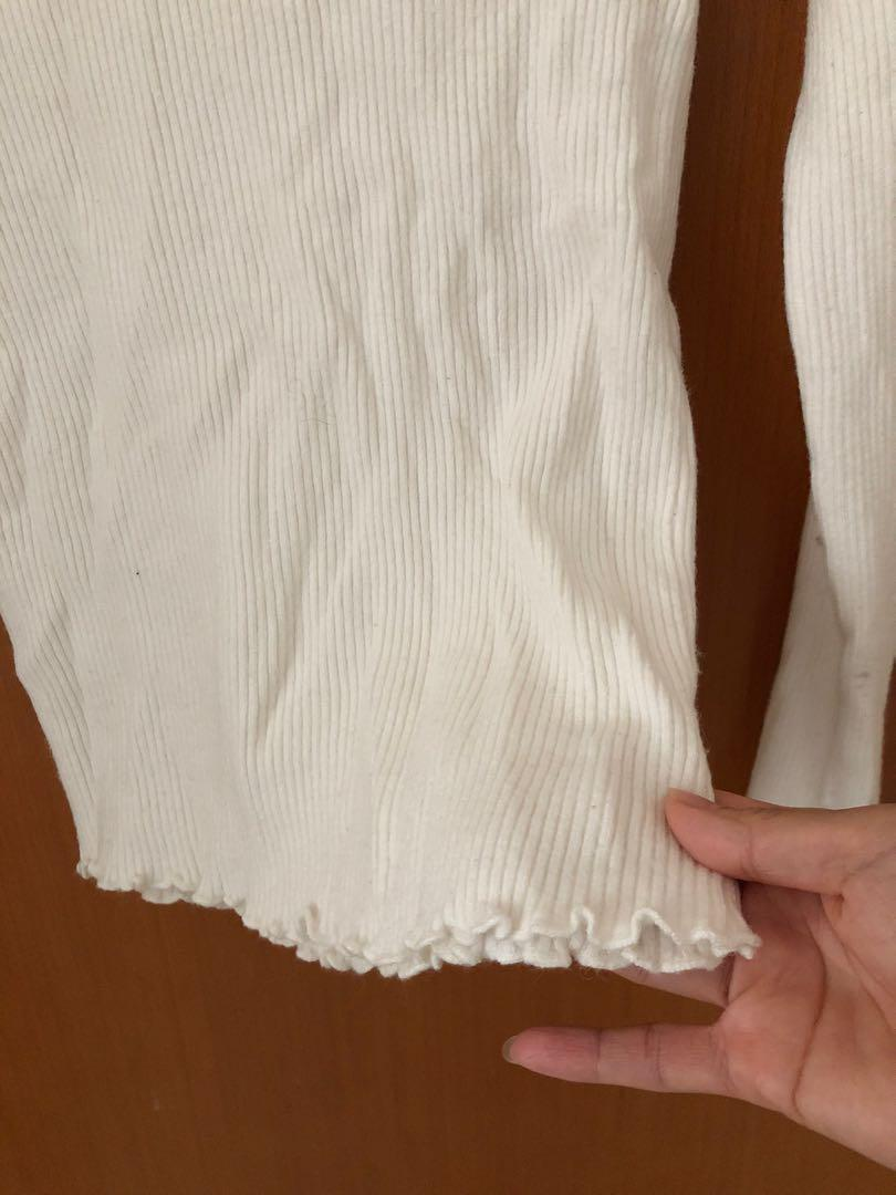 白色純棉花邊樽領冷衫