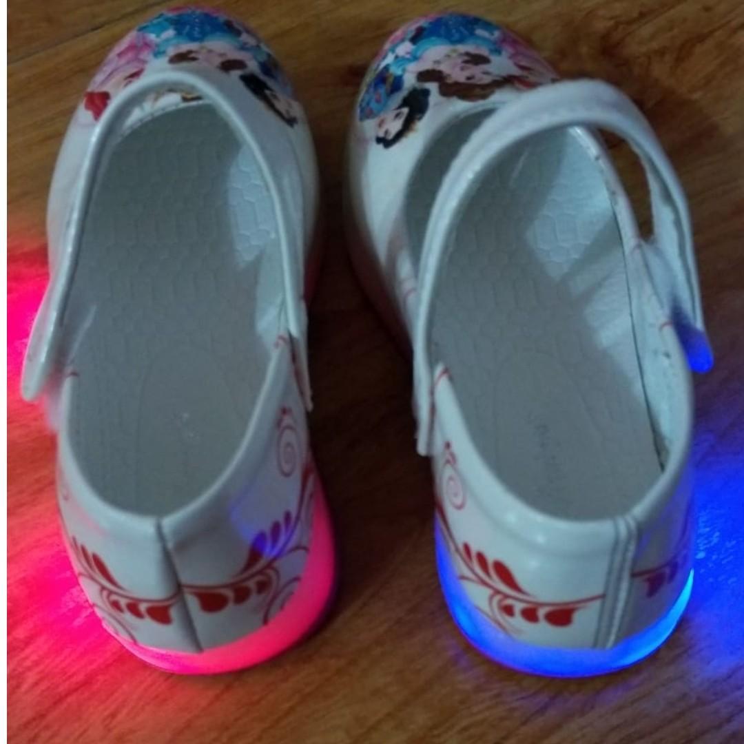 平賣女童閃燈公主鞋
