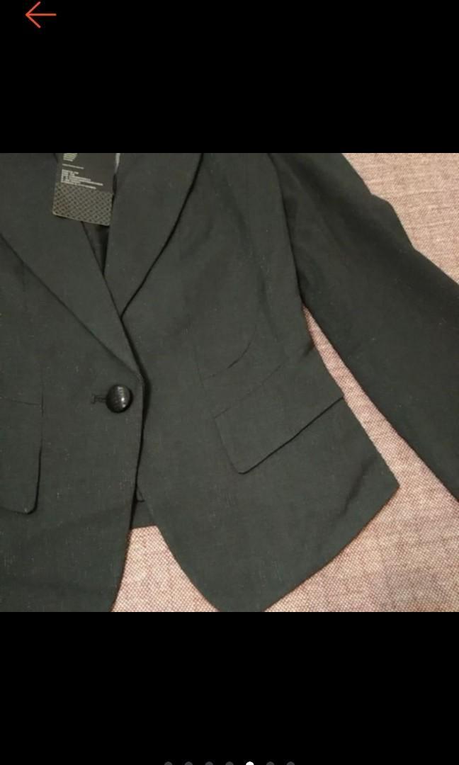 全新 時尚 Theme 經典黑短版 修身 銀蔥 西裝外套 OL必備 原價3580