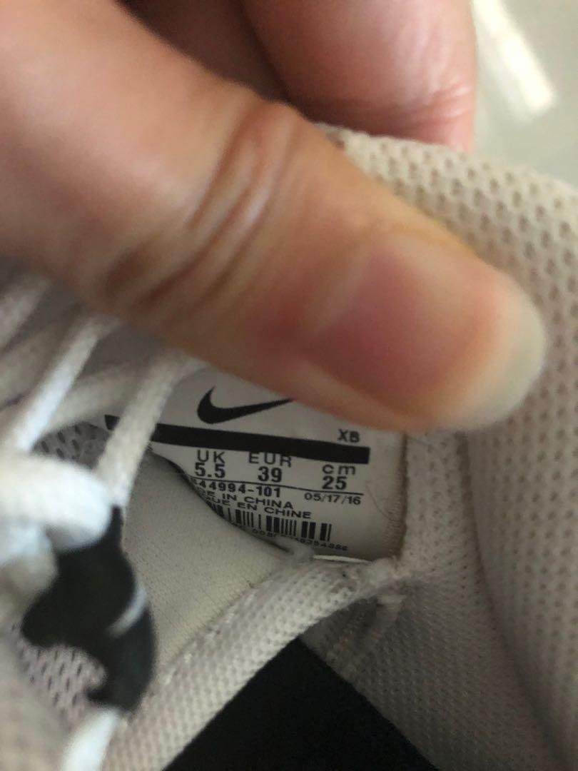💯 Nike Roshe