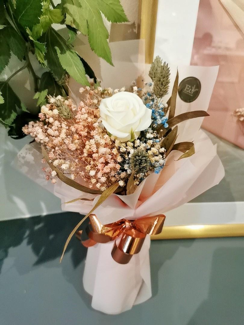 Baby breath flower bouquet/满天星花束/香皂花束/valentine day / birthday gift