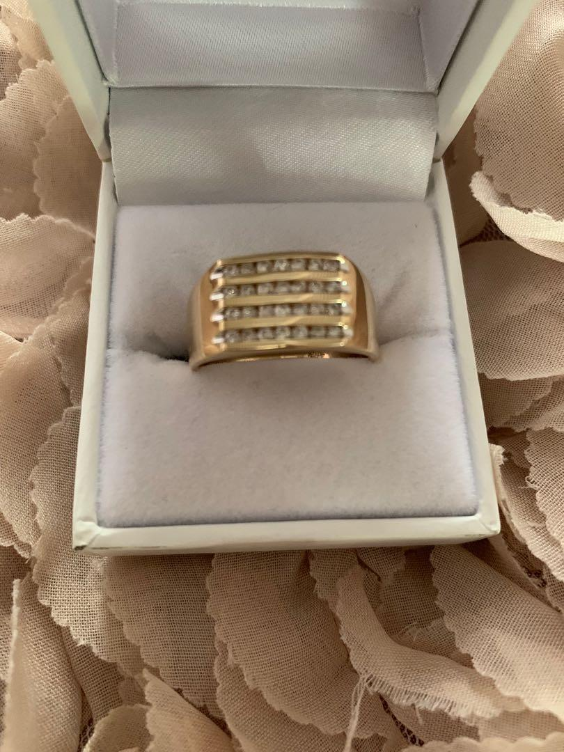Brand New 9CT , .50CT TDW DIAMOND FOUR ROW CHANNEL MENS RING