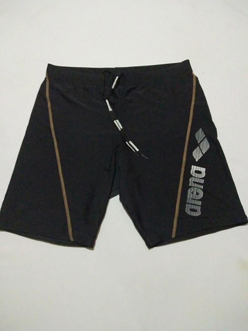 Celana pendek arena import