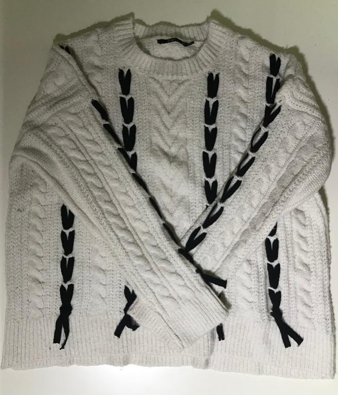 Cute Cable-Knit Sweater With Pattern Sportsgirl M/L Cream Colour