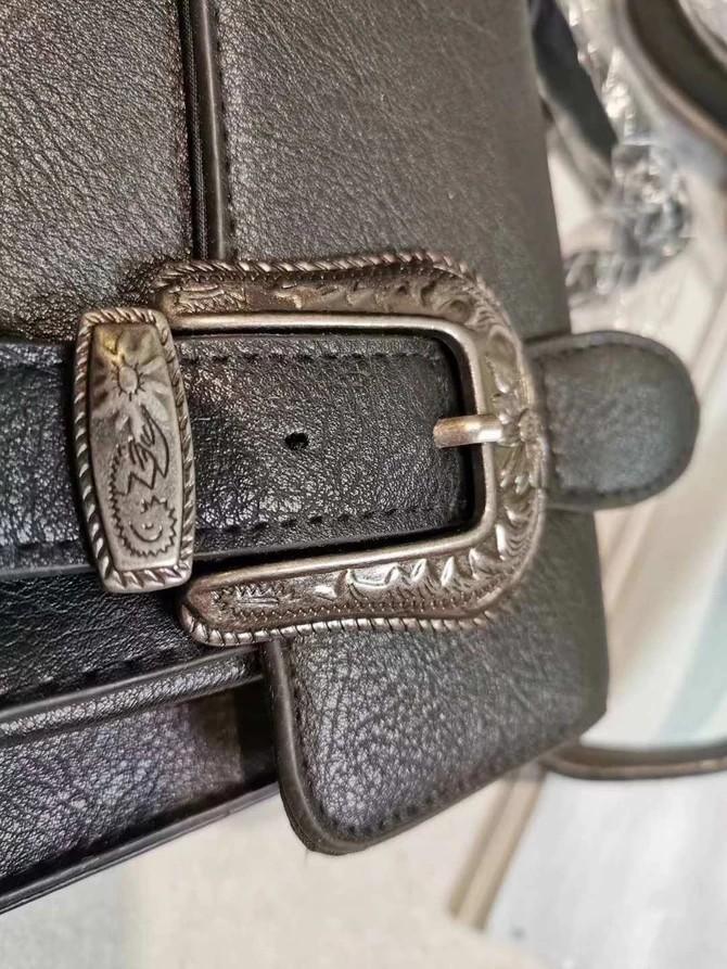 England brand slingbag
