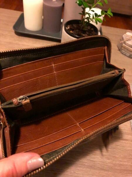 Genuine Vintage Mulberry Wallet Zip Around Brown Soft Leather