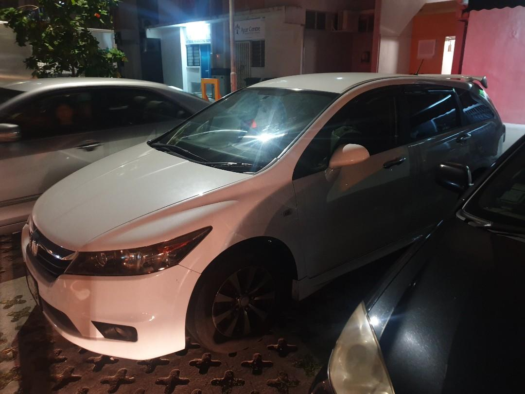Honda stream 1.8a for rent