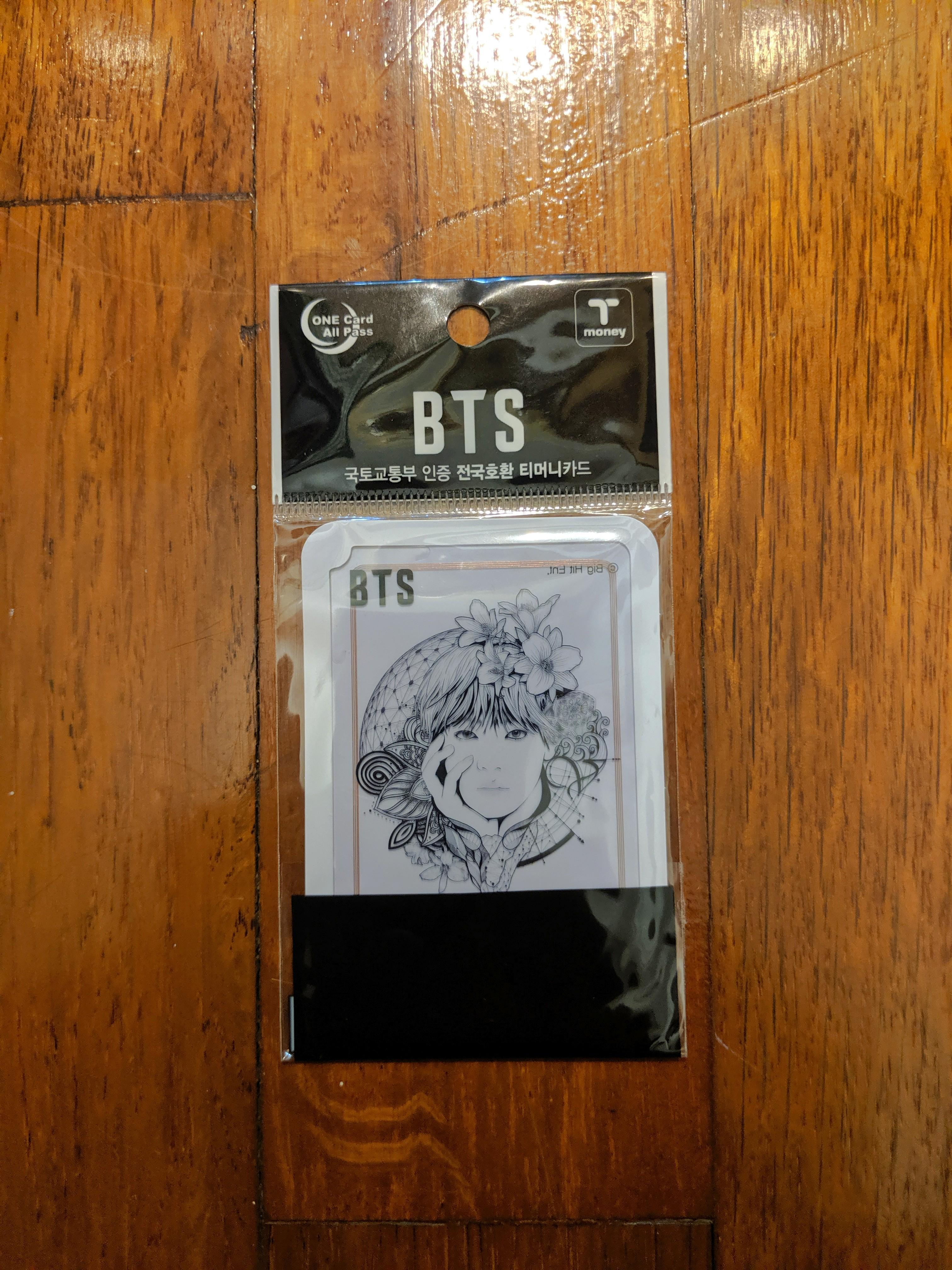 LIMITED EDITION SOLD OUT BTS T-MONEY CARD (V TAEHYUNG)