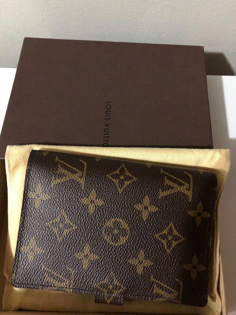 Louis Vuitton agenda small