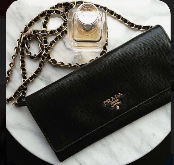 Prada Saffiano Wallet on Chain WOC