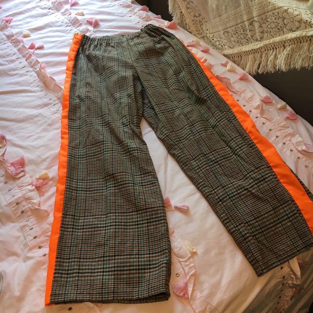 Sick vintage tartan pants with neon orange side stripes