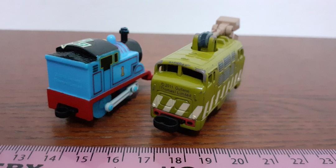 Thomas - Friends - windup Surprised-Face Thomas & Diesel 10