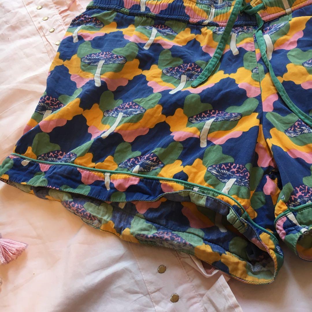Vintage colourful mushroom shorts 🍄 100% organic cotton