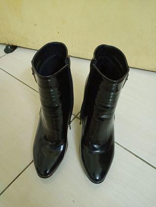 Vincci Boot size 39