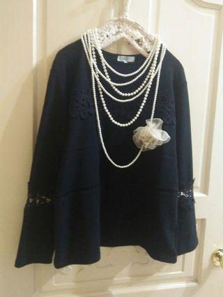 Bear Two 專櫃 雕花蕾絲袖上衣 #剁手時尚