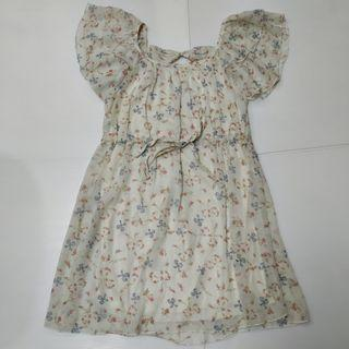Floral Ruffle Brouse