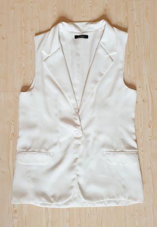 White lebijou blazer