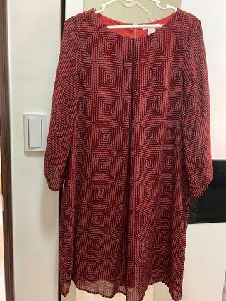 H&M 紅色水洗絲質不易皺洋裝