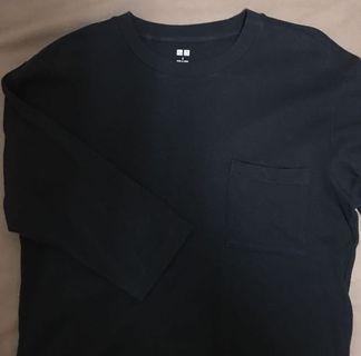Uniqlo黑色七分袖口袋T #換季五折