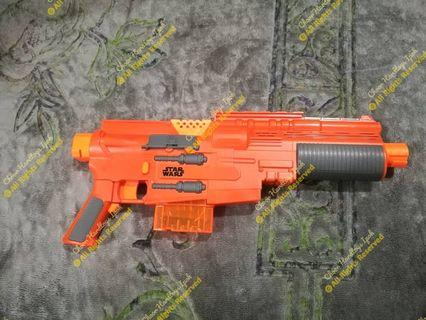 Nerf star wars version automatic gun complete with bullet