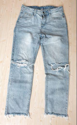 Ripped jeans ankle size L