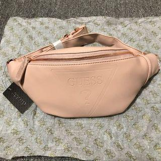 正品 Guess belt bag 粉色皮質三角LOGO素面腰包胸包